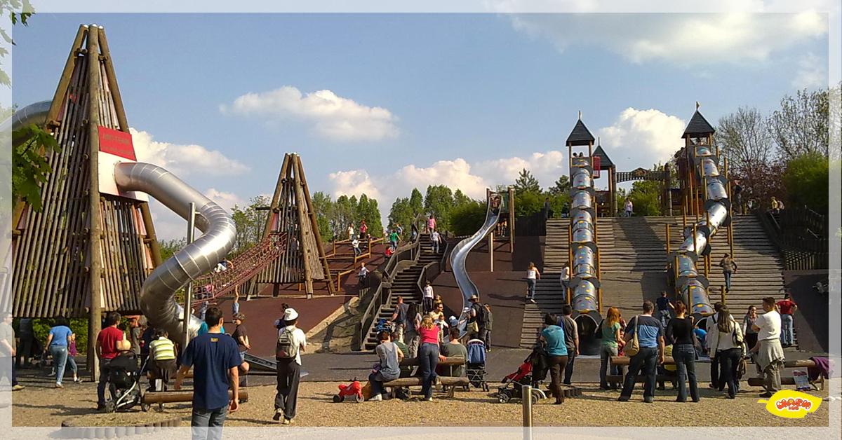 Mash&Co-family-playground